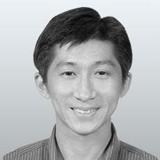 Dr. Darren Leong